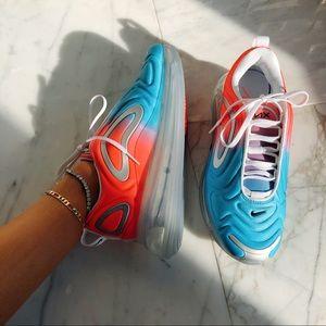 Nike Shoes - Air max 720